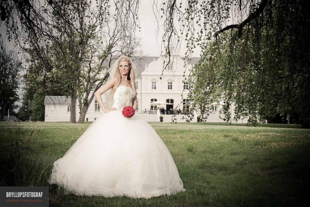 When choosing a wedding dress